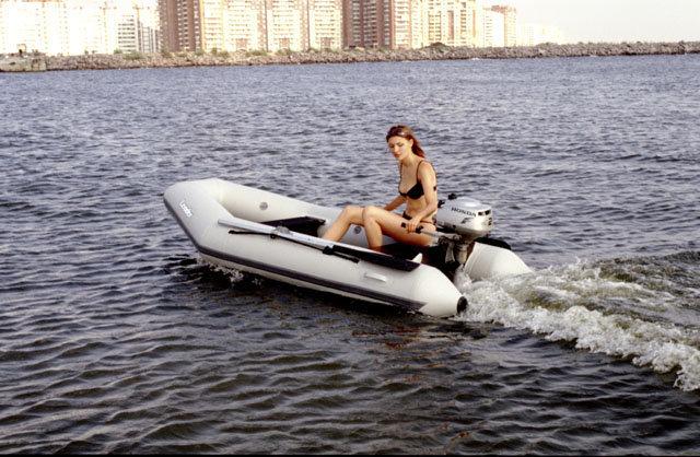 лодки надувные с транцевой доской
